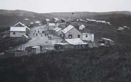 1870s photograph of the gold rush town of Millwood near Knysna in South Africa. (Public Domain)