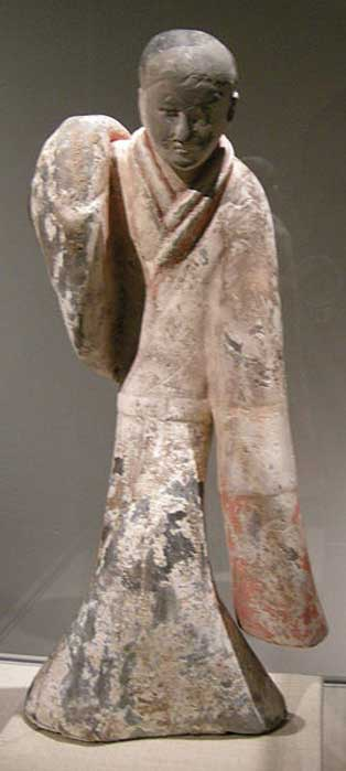 A Western Han female dancer in silk robes, 2nd century BC, Metropolitan Museum of Art; Xiang Zhuang intended to assassinate Liu Bang by pretending to do a sword dance. (Sailko/CC BY SA 3.0)