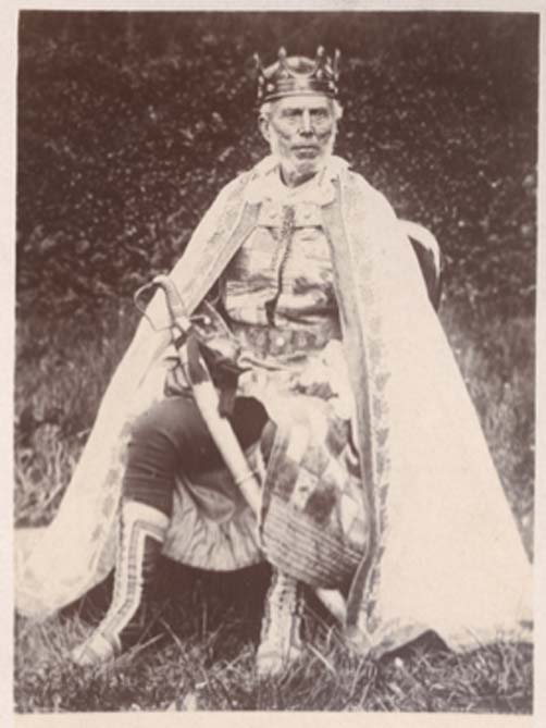 A coronation photograph of Charles Faa Blyth King of Yetholm Gypsies. The King was crowned in May 1898. (Public Domain)