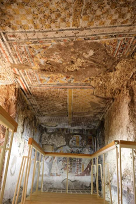 A new visitor walkway has been installed in the tomb area of the Khonsu Temple. (Ahram Online)