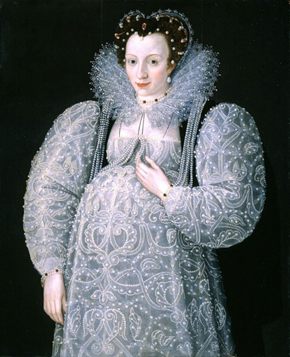 A waistless maternity dress fits a pregnant woman in late 16th century Elizabethan England. (Public Domain)