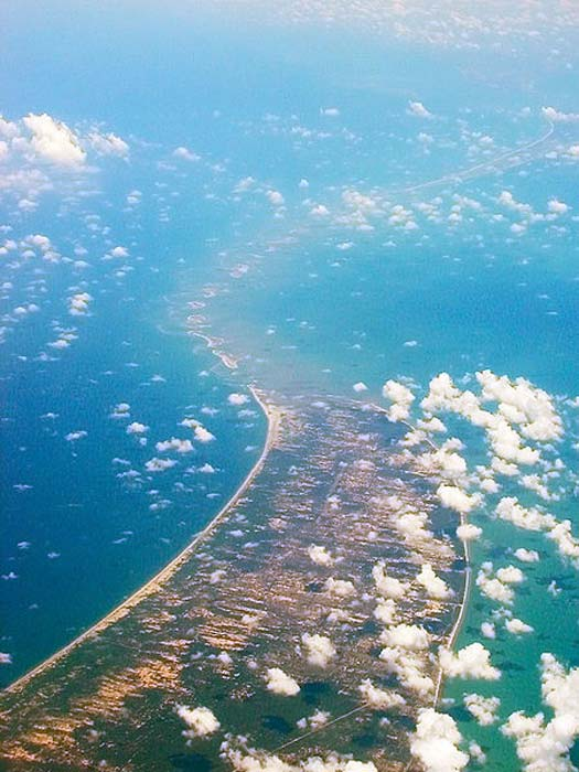Aerial view of Adam's Bridge, taken while flying over Sri Lanka looking west