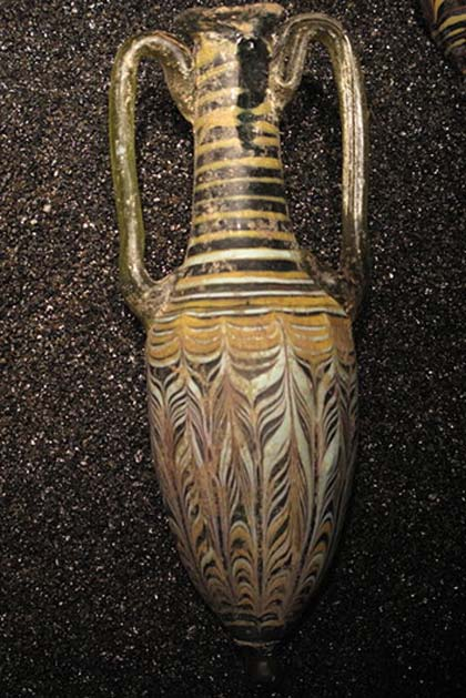 Amphora, Cyprus, 1st century BC. On display at the Landesmuseum Württemberg.