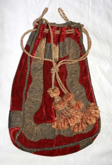 An embalmed head would fit in the red velvet bag.  Image: The Mary Roxburghe Trust