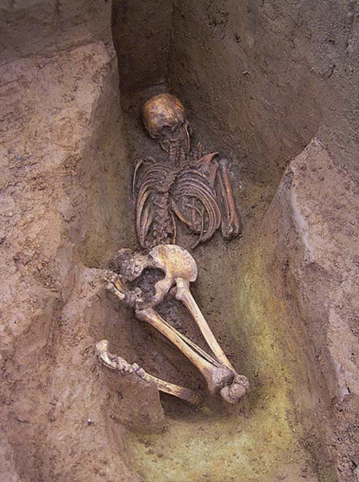 Another face-down burial. 1000BC, Cliffs End Farm