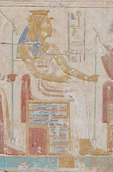 Anthropomorphic depiction of Heqet in the temple relief of Ramesses II in Abydos.