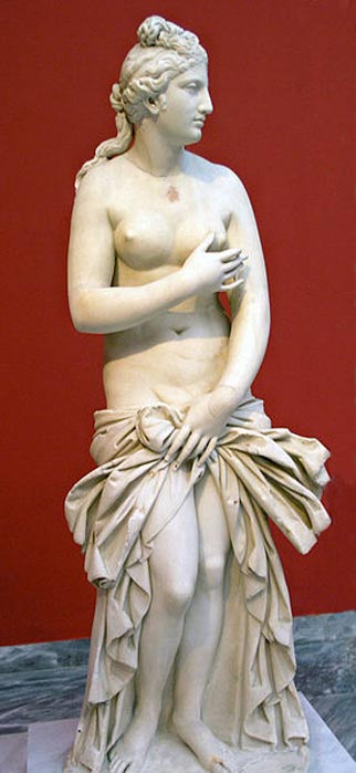 Aphrodite Pudica (Roman copy of 2nd century AD), National Archaeological Museum, Athens.
