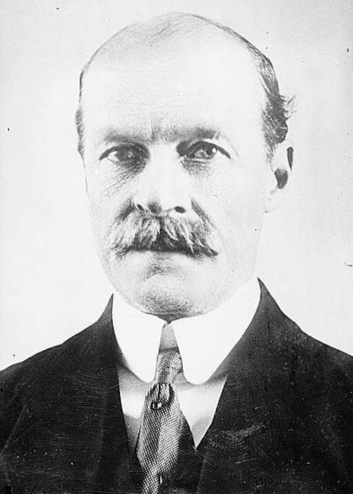 Photo shows Arthur Lawley, 6th Baron Wenlock (1860-1932)