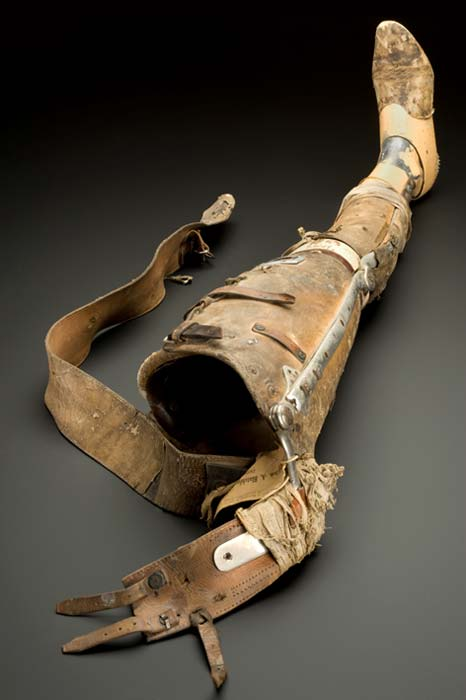 Artificial leg, England, 1890-1950.