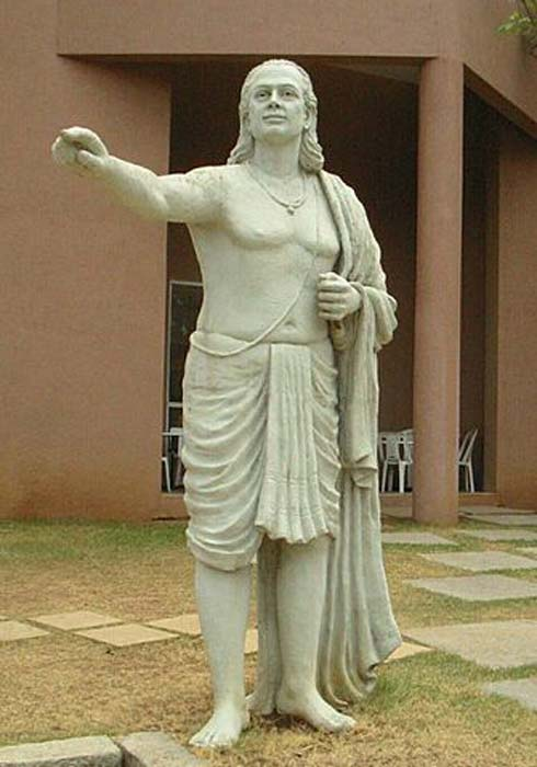 Aryabhata the famous Indian astronomer who used the ideas of India's earliest astronomical theories to build his more comprehensive view of astronomy. (See page for author / Public domain)