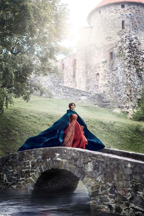 Beautiful Isabella of France, queen of England. (Alex Shadrin / Adobe)