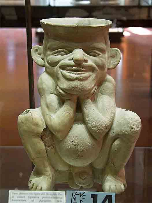 Bes, the Egyptian home protector god, is also linked to pygmies, which may have been the same little people referred to in ancient Greek texts. (Zde / CC BY-SA 4.0)
