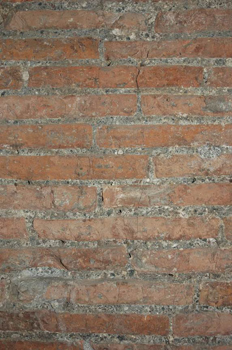 Bricks and Roman concrete mortar in the Munoz corridor of the tomb of Caecilia Metella. (Marie Jackson / The University of Utah)