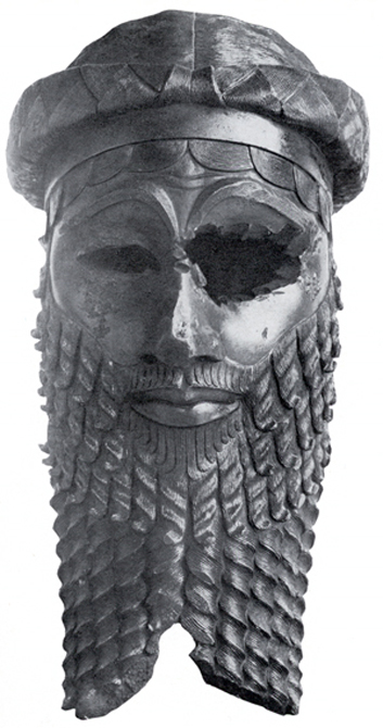Bronze head of a king of the Old Akkadian dynasty, most likely representing either Naram-Sin or Sargon of Akkad. Unearthed in Nineveh (now in Iraq). In the National Museum of Iraq, Baghdad. (Public Domain)