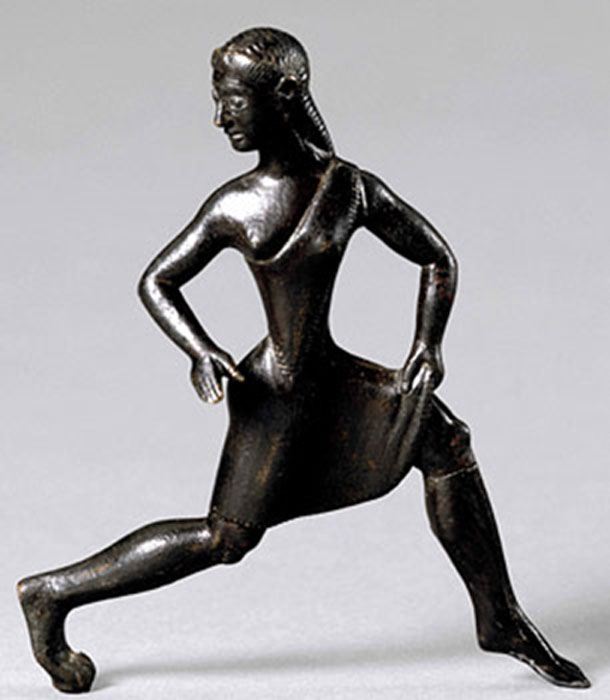 Bronze statuette of Spartan running girl. (Putinovac / Public Domain)