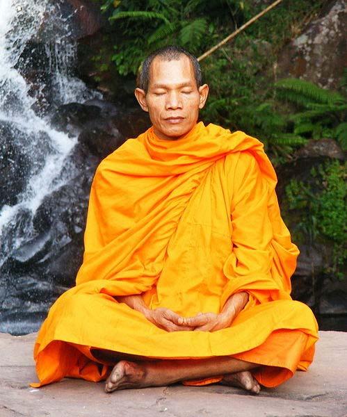 Buddhist monk in Phu Soidao Nationalpark, Phu Soidao Nationalpark Waterfall, Thailand
