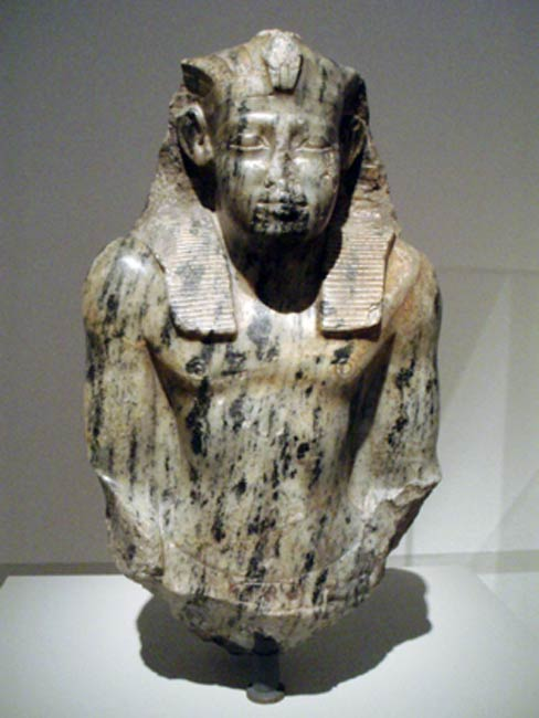 Bust of Senusret I in the Neues Museum, Berlin.