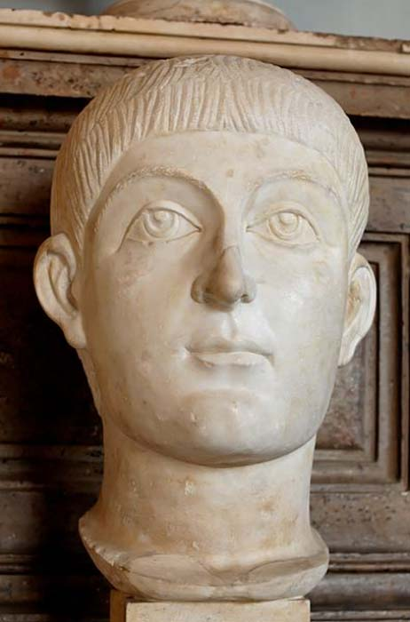 Bust of Valens or Honorius. Marble, Roman artwork, ca. 400 AD. (Public Domain)