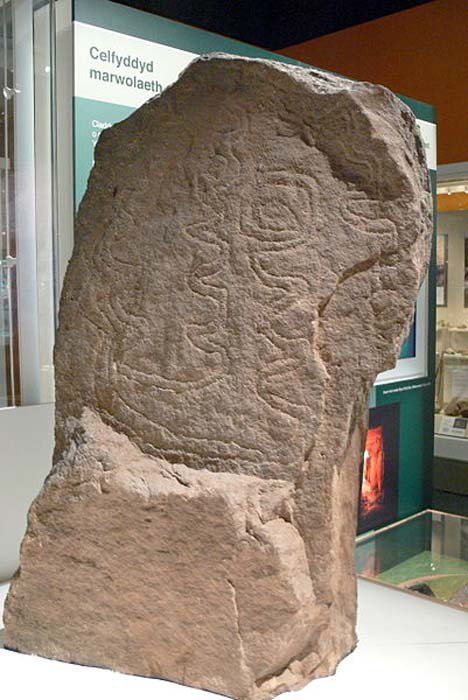 Carved stone from Bryn Celli Ddu tomb, Anglesey. National Museum of Wales