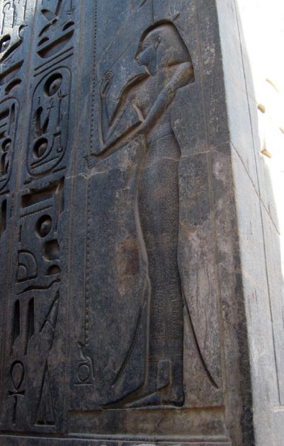 Carving of goddess Seshat with hieroglyphic inscriptions in Luxor, Egypt. (Karen Green / CC BY-SA 2.0)