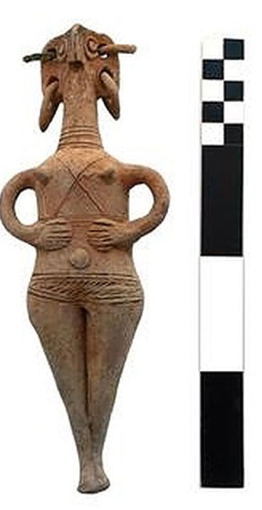 Ceramic figurine from the first tomb, locally made