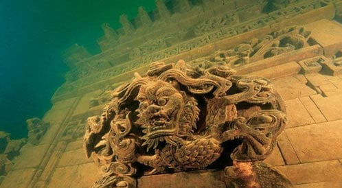 Shi traditional Chinese statues - underwater city