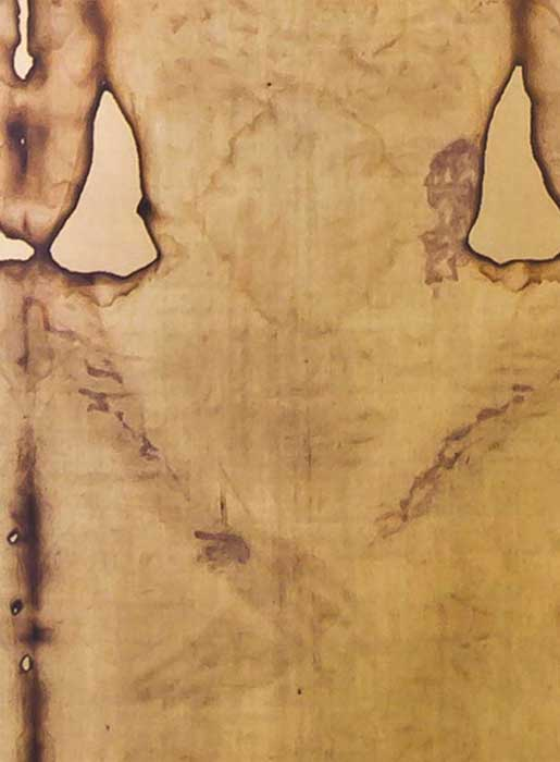 Close up of the stains by the wrist and side of the Shroud image. (CC BY-SA 3.0)