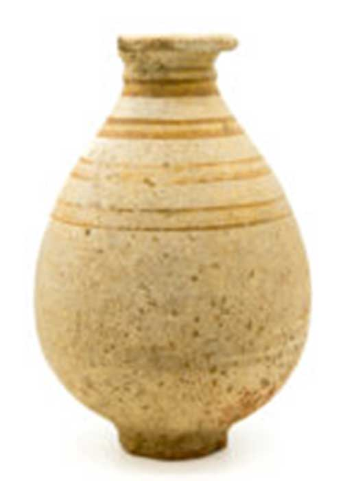 Complete ceramic Roman flask with painted line decoration. ©Highways Commission, courtesy of MOLA Headland Infrastructure