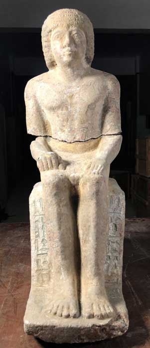 Complete granite statue of Kaires with hieroglyph inscription. (Image: Czech Institute of Egyptology)