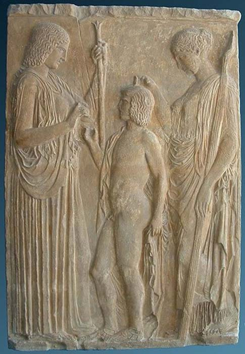 Copy of a votive relief found in Eleusis representing the Eleusinian deities in a scene of mysterious ritual, circa 440-430 BC (CC BY-SA 3.0)