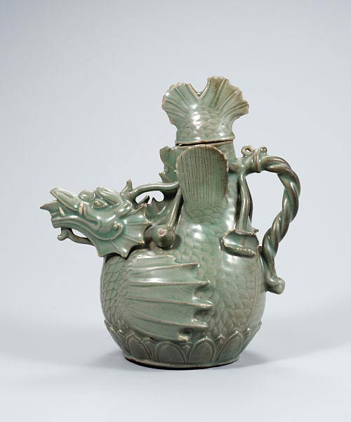 Dragon kettle, made of celadon. Made in 12th century. National Treasures of South Korea No.61