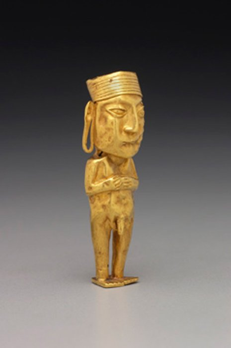 Example of an ancient Inca golden figurine of a man. (Public Domain)