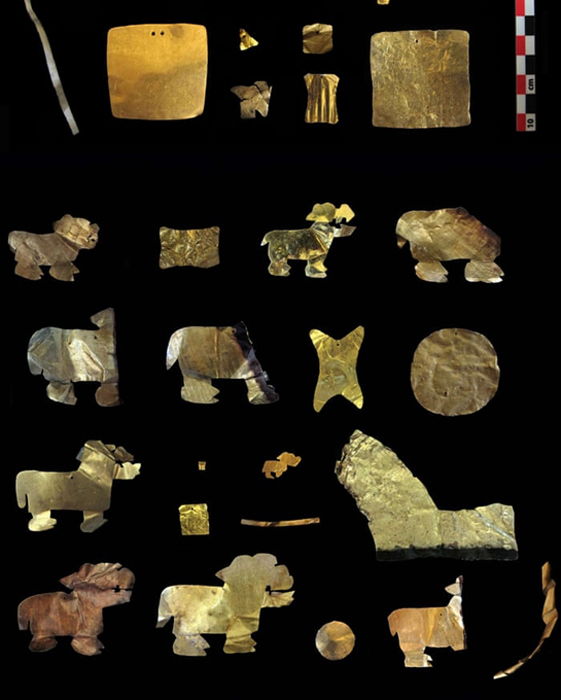 Gold artifacts recovered from the Tiwanaku site. (C.Delaere/ULB)