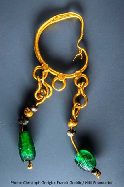 Gold jewelry found on the seabed site. (Christoph Gerigk - Frank Goddio/ Hilti Foundation/ Egyptian Antiquities Authority)