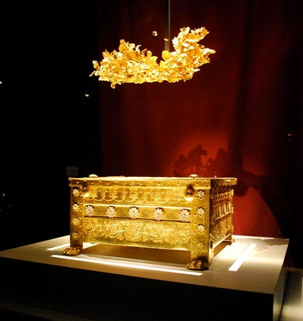 Golden larnax containing cremated remains and golden crown found in Tomb II in Vergina