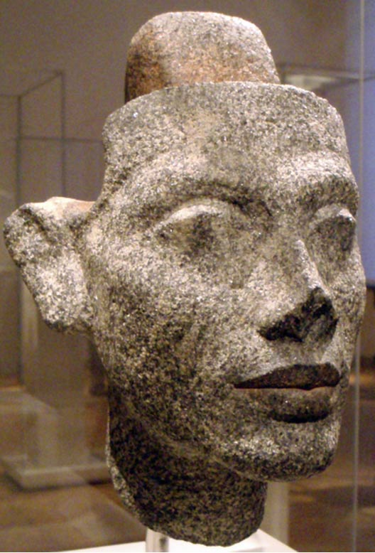 Granite statue of the head of Queen Nefertiti, from the workshop of the sculptor Thutmose. On display at the Ägyptisches Museum.