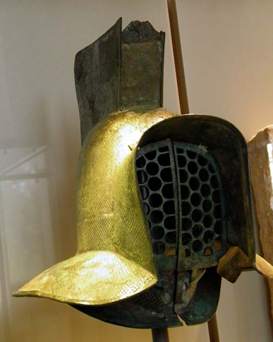 Helmet of a murmillo (a type of gladiator during the Roman Imperial age), 2nd century AD, Neues Museum, Berlin. (CC BY-SA 2.0)