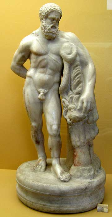 Statue of Hercules on display at the Agora of Athens Museum, which is located in the Stoa of Attalos. (Юкатан / CC BY-SA 3.0)