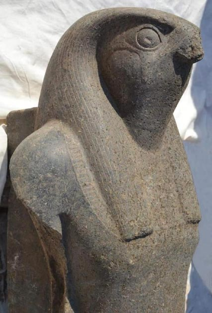 The newly-discovered Horus statue. Credit: Ministry of Antiquities