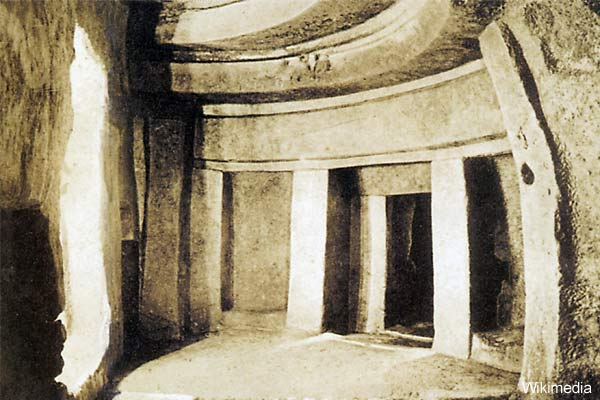 Ten Archaeological Enigmas from Across the Globe Hypogeum-hal-Saflieni_0