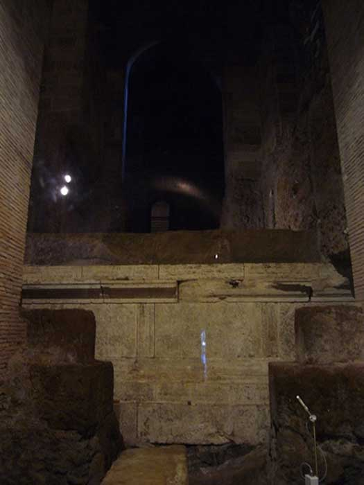 Interior of the excavated Temple of Vejovis, underneath Piazza del Campidoglio. (Public Domain)