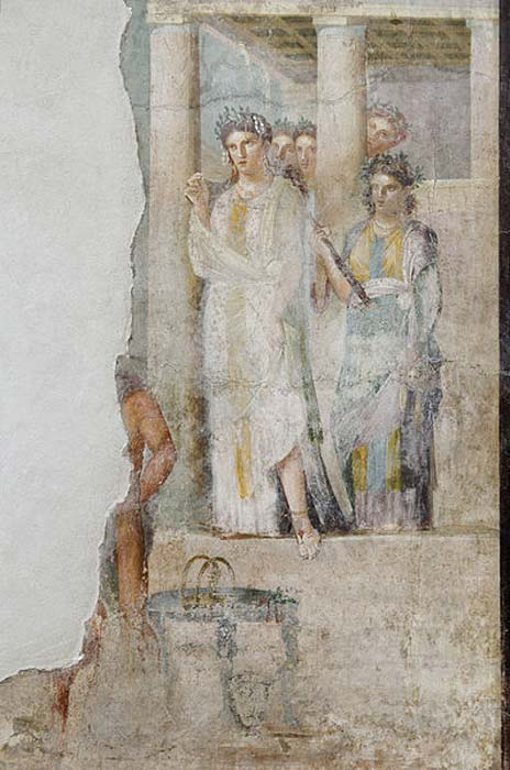 Iphigenia as a priestess of Artemis in Tauris sets out to greet prisoners, amongst which are her brother Orestes and his friend Pylades. (Public Domain)