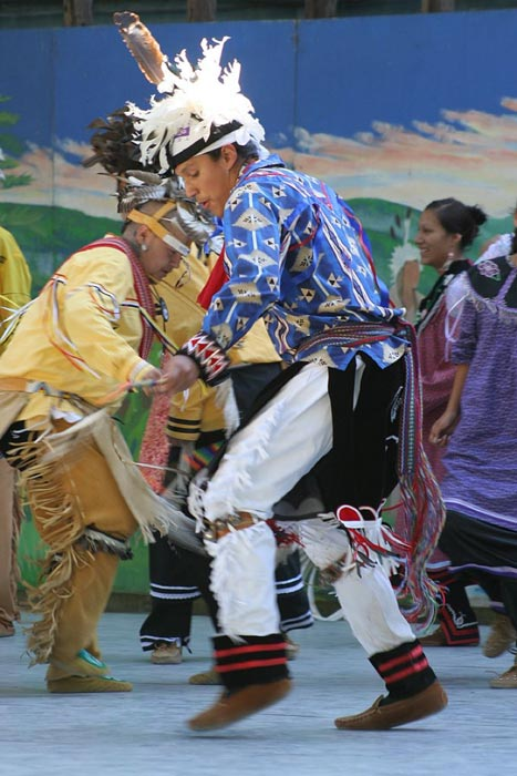 Iroquois dancers demonstrate their art at the New York State Fair in 2008. (Public Domain)