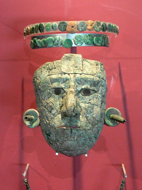 Jade mask of the Red Queen of Palenque from the tomb found in Temple XIII. (Wolfgang Sauber/CC BY SA 3.0)