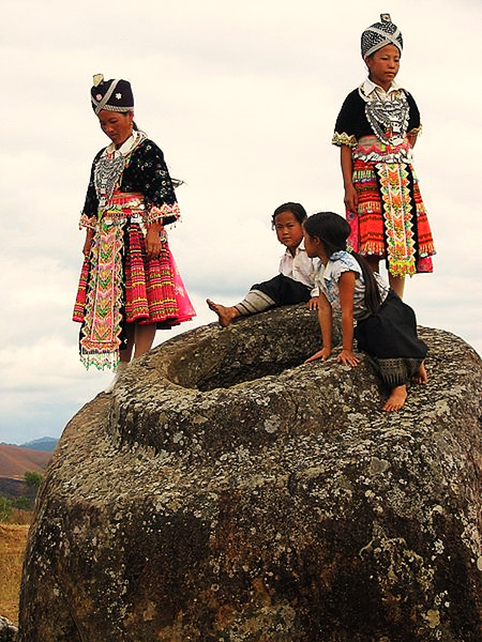 Plain of Jars with Hmong Girls - site 1.