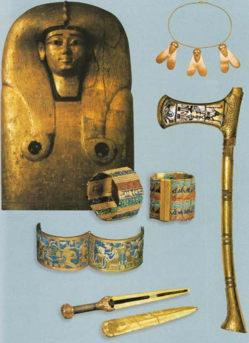 Jewelry, awards, and an axe from Ahhotep's tomb.