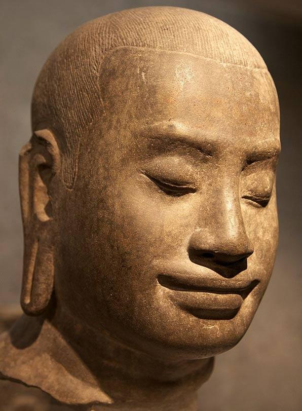 Los estudiosos sugieren rey Jayavarman VII tiene un gran parecido a las torres de la cara del Bayon.