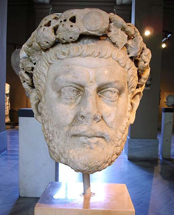 Laureate head of Diocletian. (G.dallorto)