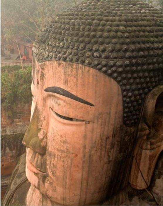 1021 twists make up the hair of the Leshan Buddha.