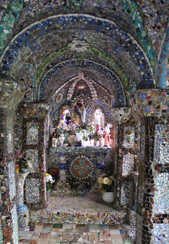 Little Chapel altar, Saint Andrew, Guernsey.